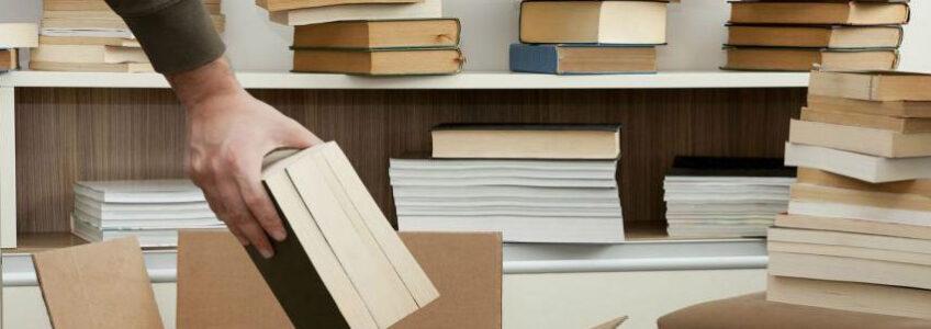 Scatole in cartone per spedire libri